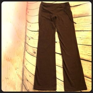 Prana brown yoga pants. EUC. Sz small.